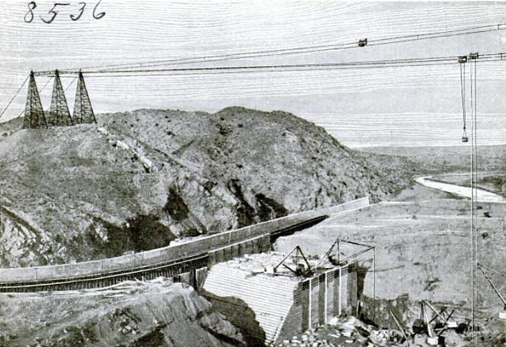 note_pics/article_pics/the_1900s/Elephant_Butte_Dam_under_construction_1914.JPG
